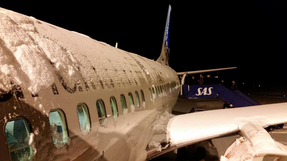 avion givré et neige