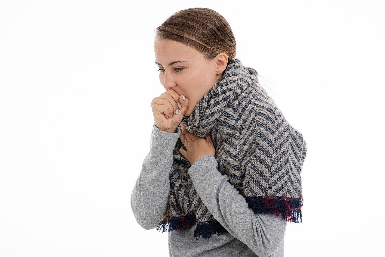 coronavirus et voyage en avion - transmission maladie par voie respiratoire (toux, etc.)